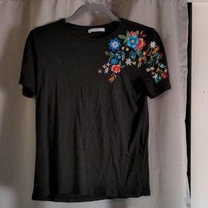 Zara Trafaluc embroidered flower t-shirt